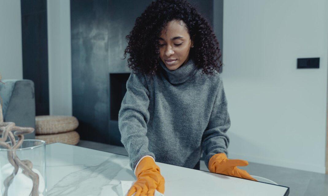 Wohnung und Luft zeitgleich reinigen